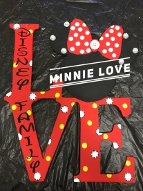 Minnie Love / Disney font $35 Adult Shape