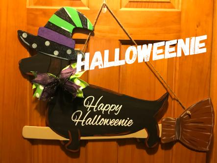 Halloweenie / Alex Brush Bold Font $35 Adult Shape